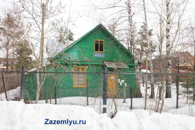Дачный домик, время года - зима