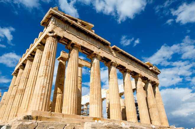 Древнегреческие колонны