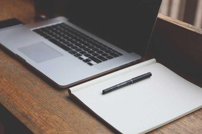 Ноутбук, блокнот, ручка