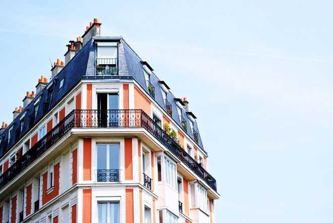 Фасад дома, балкончики